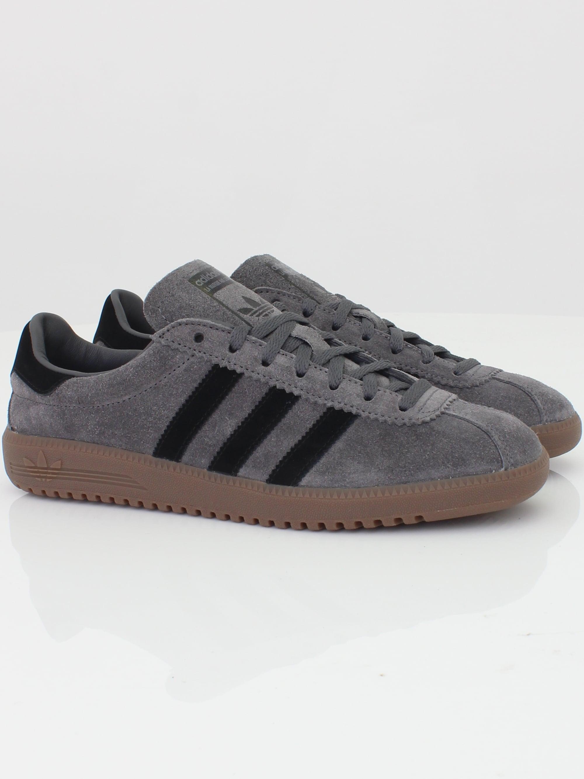 Adidas Originals Bermuda in Grey