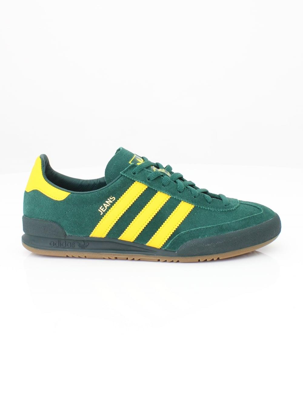 adidas Origianls Jeans Traienrs in Green  3fb339924