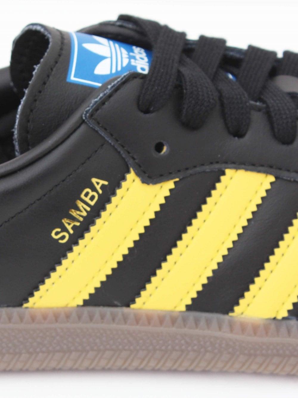 adidas Samba OG in Black/Yellow