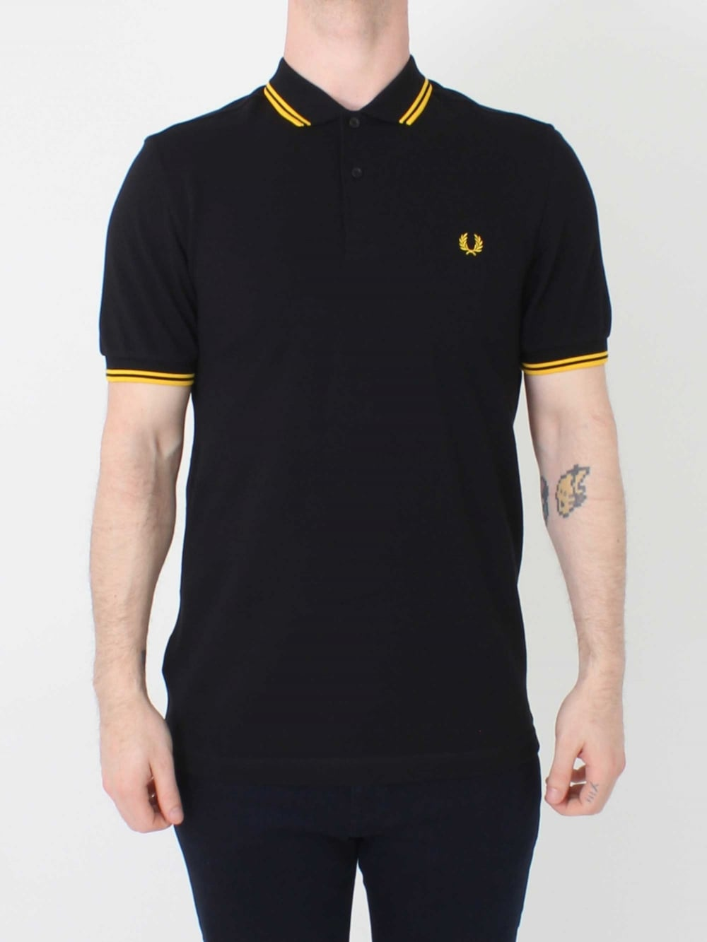 f86edbbaa4b Fred Perry M3600 Twin Tipped Polo in Black Yellow