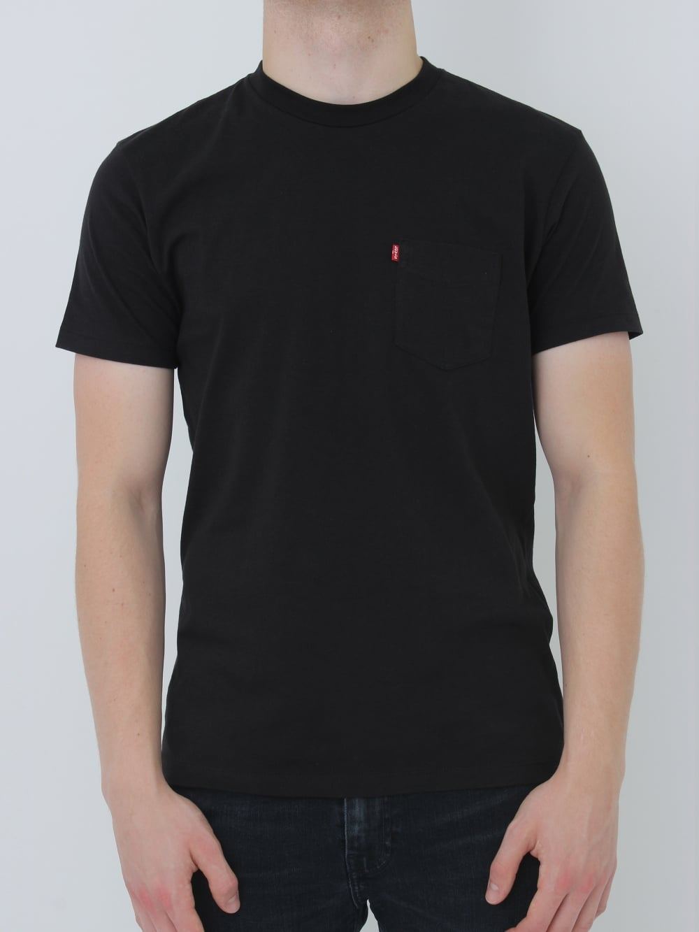 539dca5a Levis Sunset Pocket T-Shirt in Black - northern threads